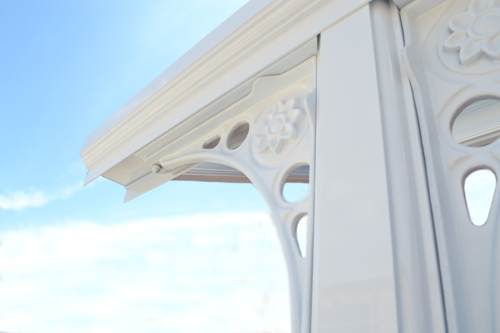 Close up on a victorian style Carport/Veranda